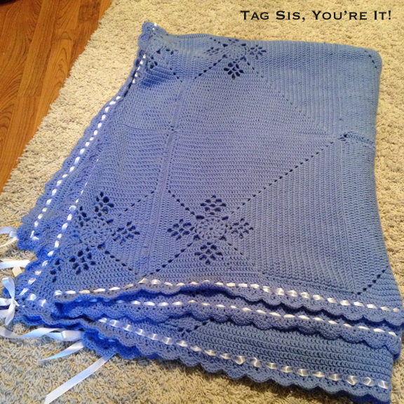 Diamond Afghan Knitting Pattern : Eyelet Diamonds Afghan Tag Sis, Youre It!